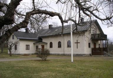 Mässa i Klostergården – Varje torsdagskväll kl. 18.30 firas mässa i Klostergårdens kapell.
