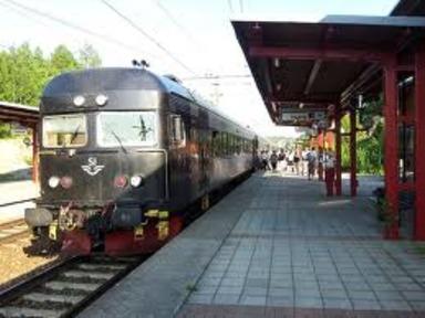 Läggesta Station