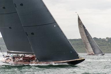 J Class Yacht Racing. Foto: David Blaikie. CC (BY)