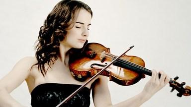 Alina Pogostkina, violin. Foto Felix Broede